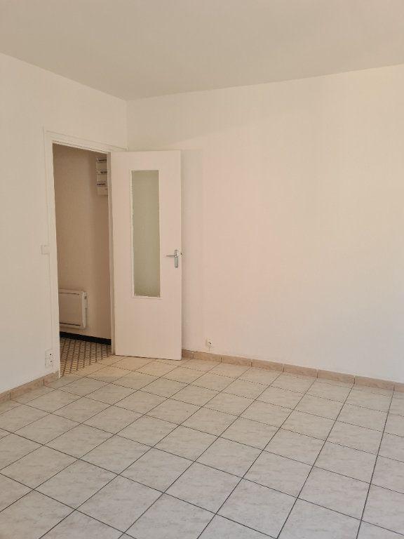 Appartement à louer 3 55m2 à La Charité-sur-Loire vignette-5