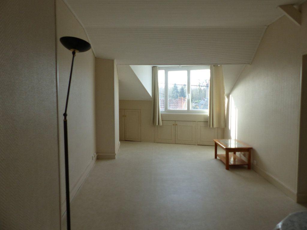 Appartement à louer 2 40m2 à Cosne-Cours-sur-Loire vignette-1