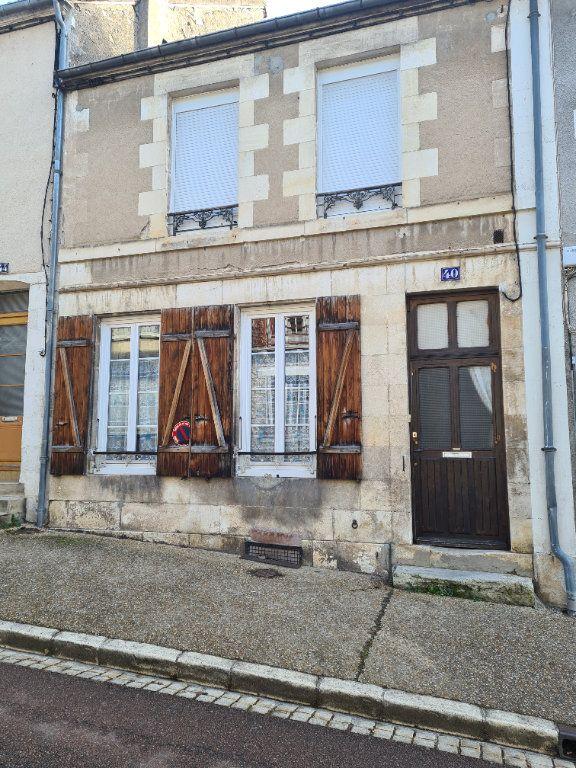 Maison à vendre 4 90m2 à La Charité-sur-Loire vignette-1