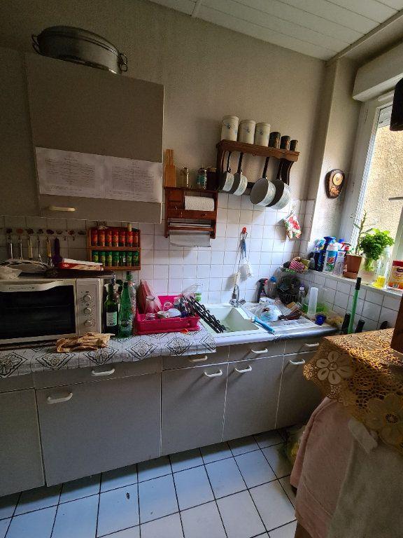 Maison à vendre 4 90m2 à La Charité-sur-Loire vignette-4
