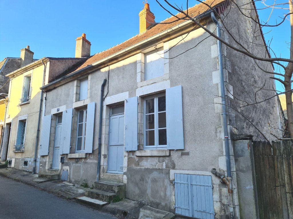Maison à vendre 3 50m2 à La Charité-sur-Loire vignette-1
