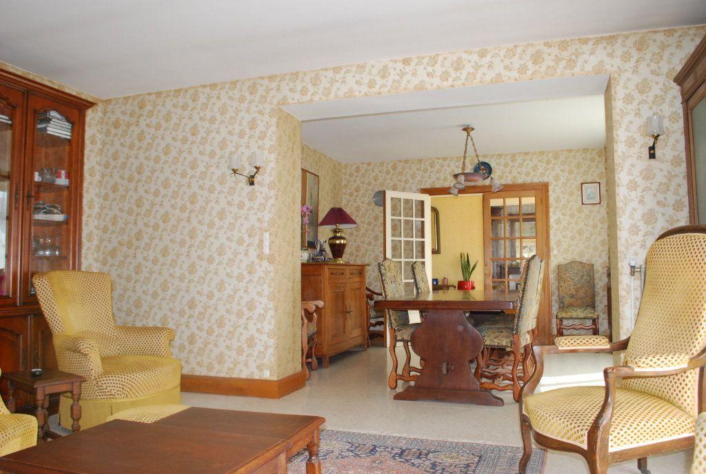Maison à vendre 6 160m2 à Saint-Père vignette-6