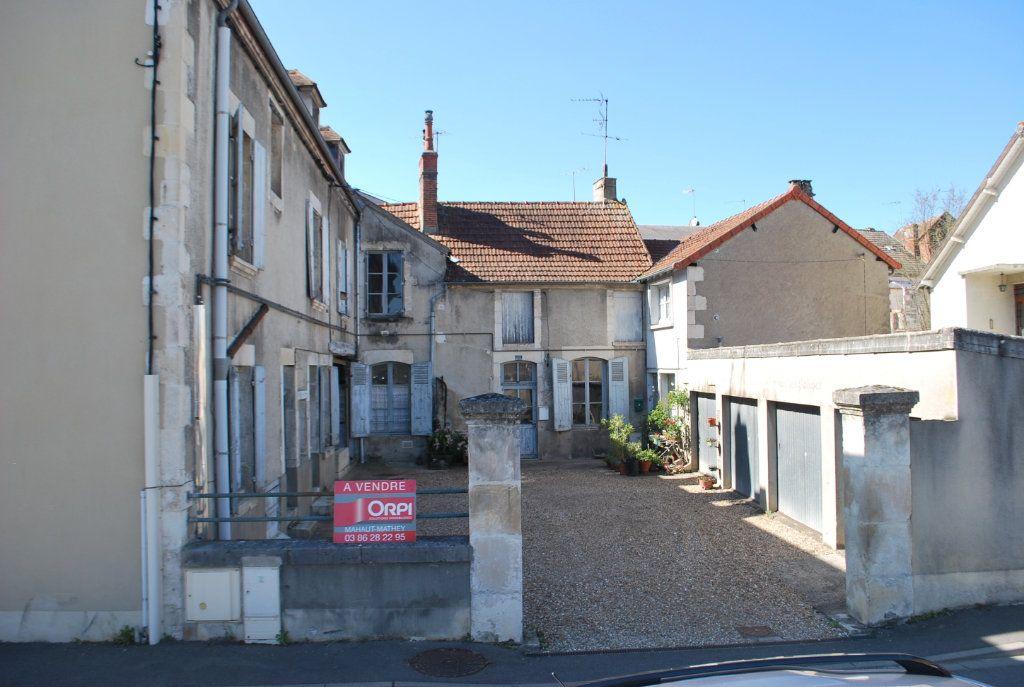 Immeuble à vendre 0 420m2 à Cosne-Cours-sur-Loire vignette-4