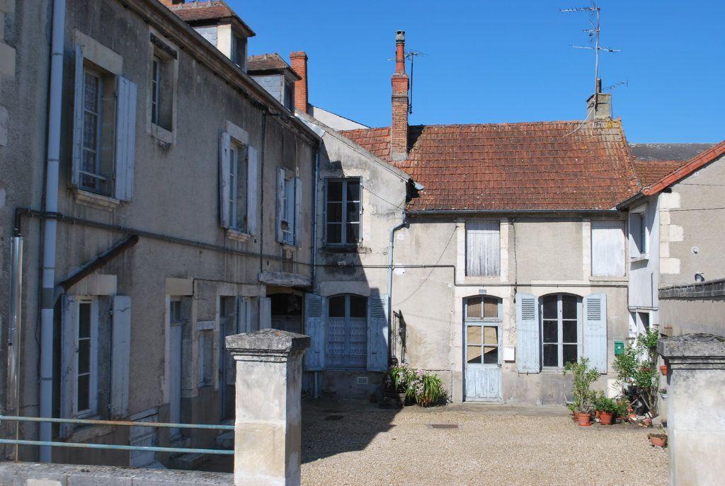 Immeuble à vendre 0 420m2 à Cosne-Cours-sur-Loire vignette-14