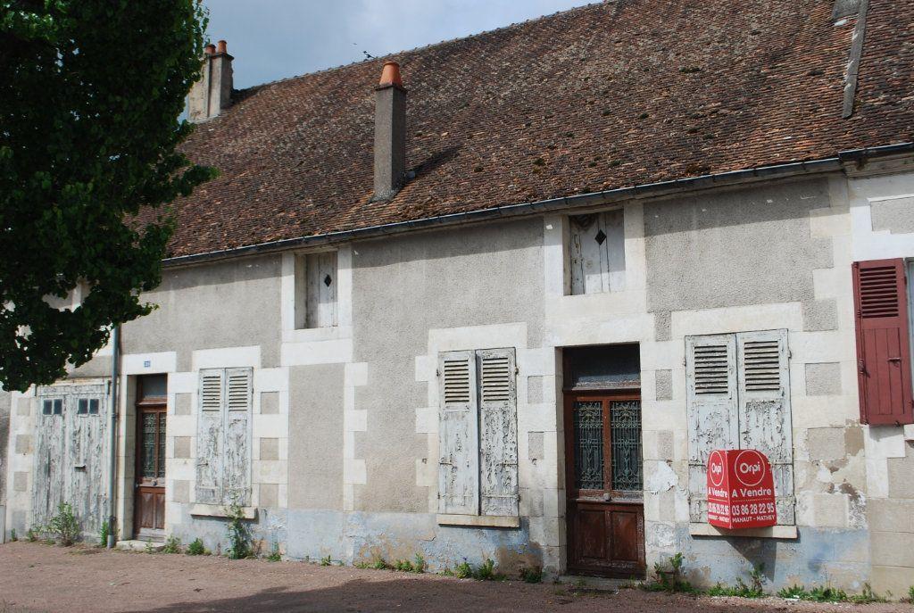 Maison à vendre 6 115m2 à Myennes vignette-1