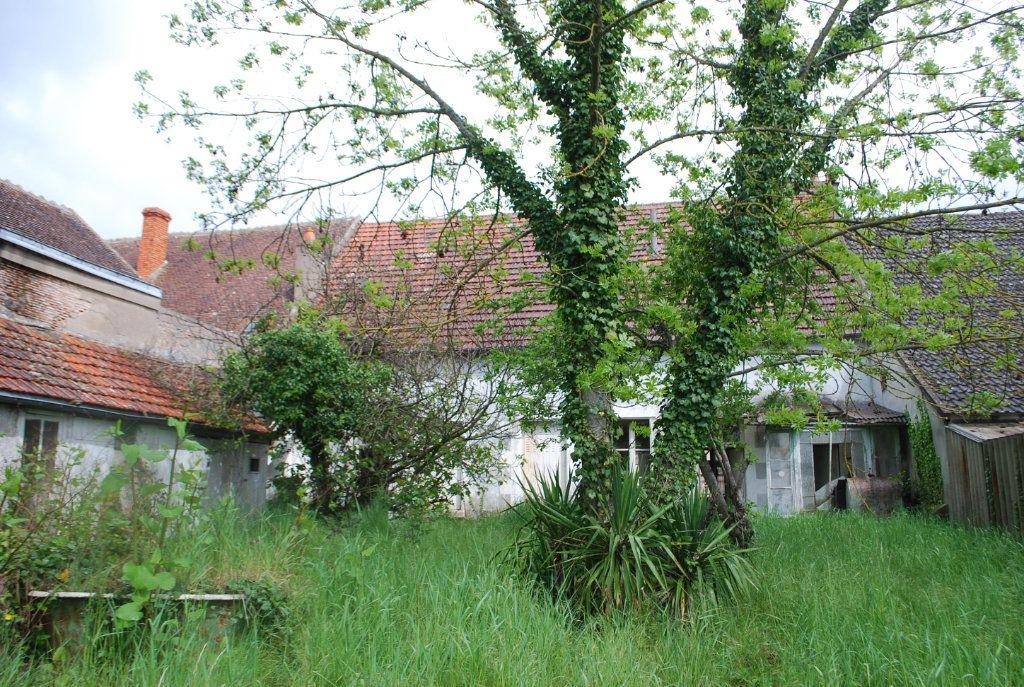 Maison à vendre 6 115m2 à Myennes vignette-12