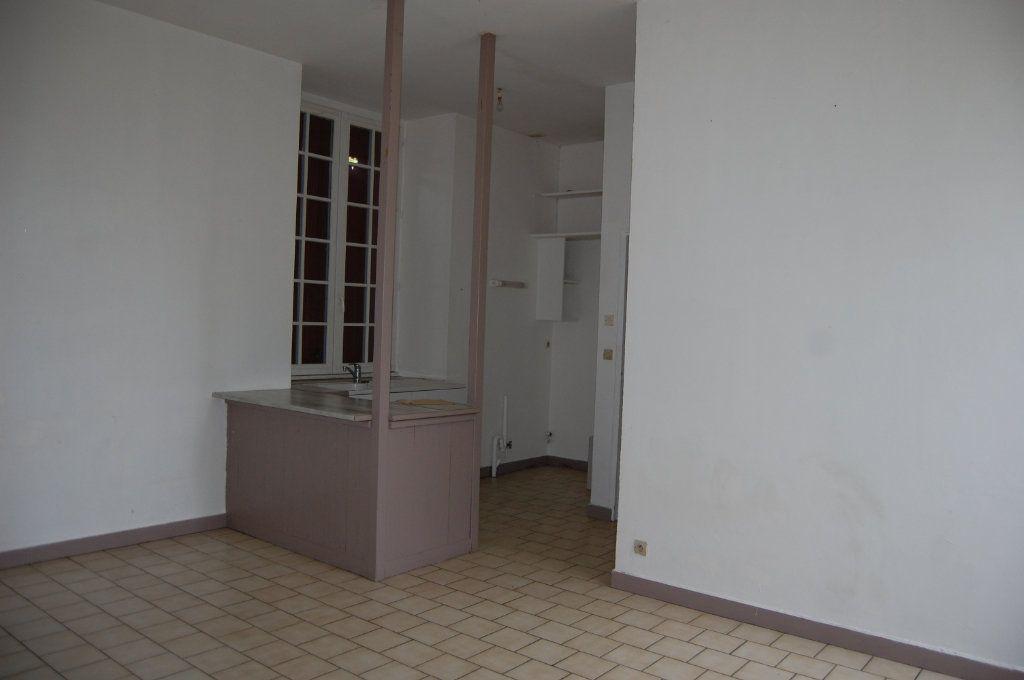 Appartement à louer 2 40.65m2 à Saint-Céols vignette-3