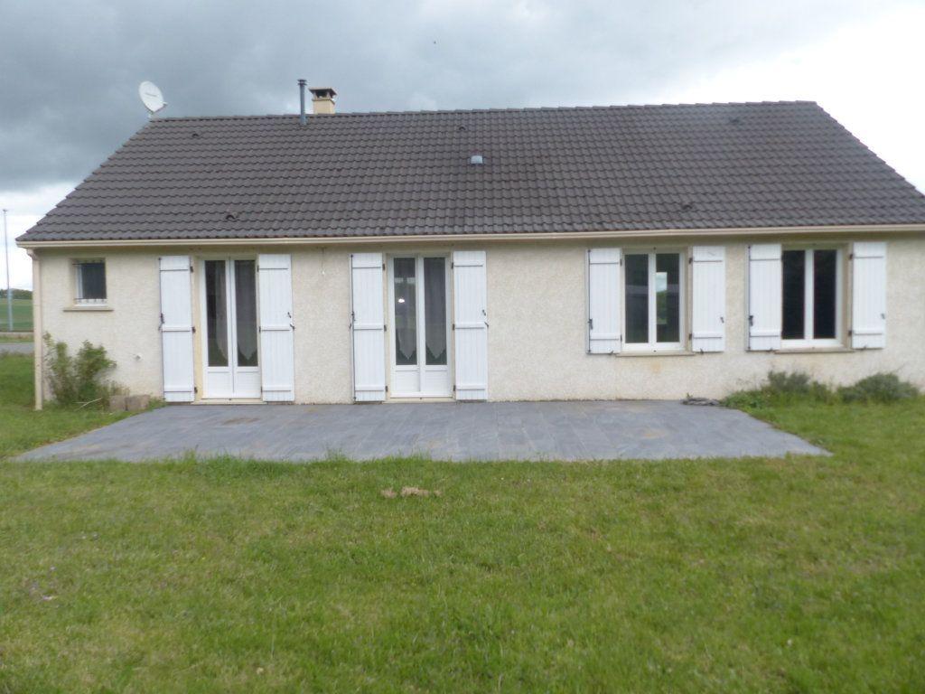 Maison à louer 4 94.8m2 à Savigny-en-Sancerre vignette-3