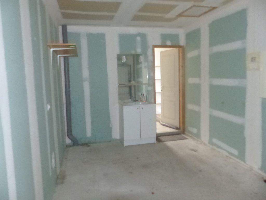 Maison à louer 4 94.8m2 à Savigny-en-Sancerre vignette-10