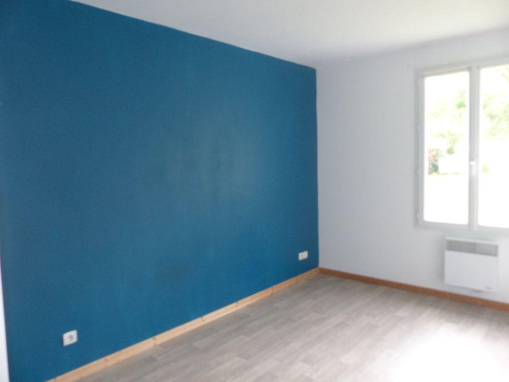 Maison à louer 4 94.8m2 à Savigny-en-Sancerre vignette-12