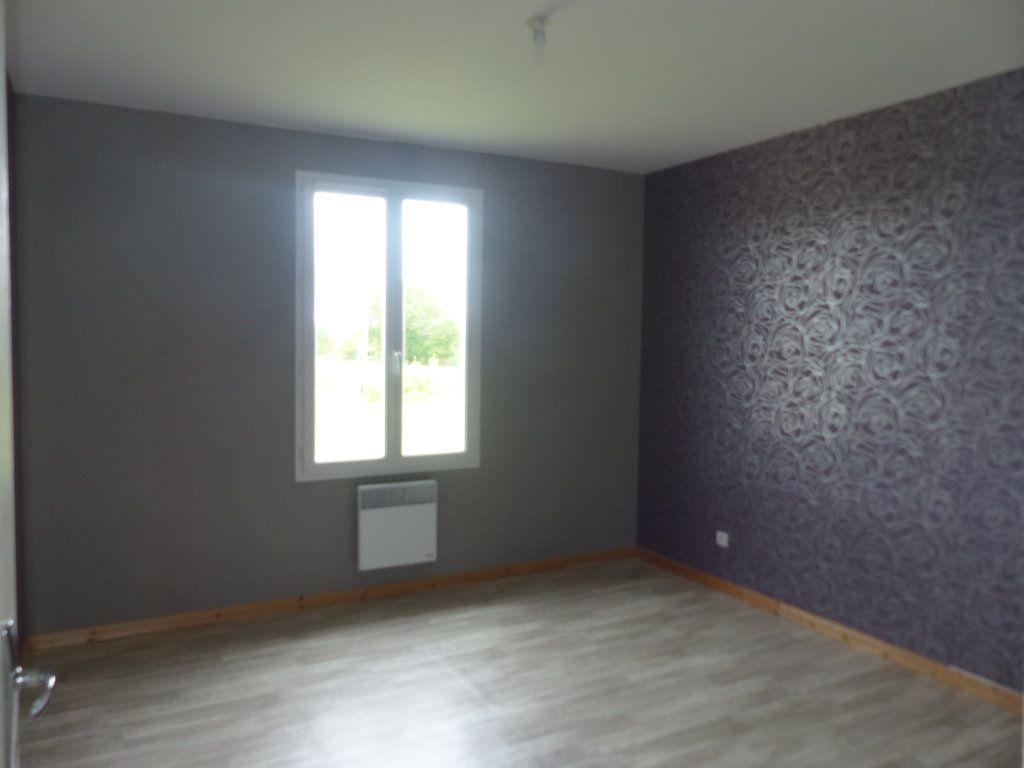 Maison à louer 4 94.8m2 à Savigny-en-Sancerre vignette-14