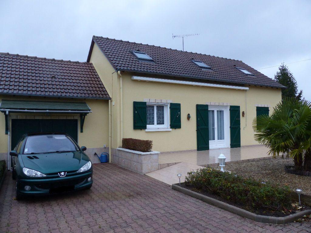 Maison à vendre 5 92m2 à Neuvy-sur-Loire vignette-1