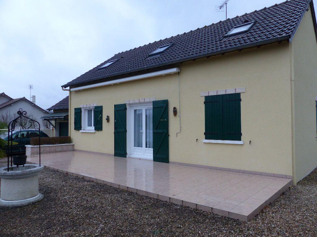 Maison à vendre 5 92m2 à Neuvy-sur-Loire vignette-2