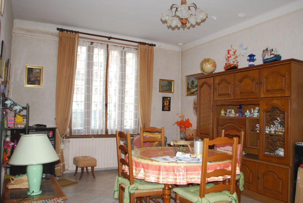 Maison à vendre 4 80m2 à Cosne-Cours-sur-Loire vignette-2