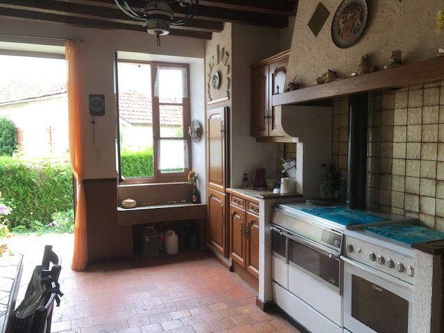 Maison à vendre 4 115m2 à Alligny-Cosne vignette-6