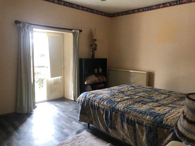 Maison à vendre 4 115m2 à Alligny-Cosne vignette-13