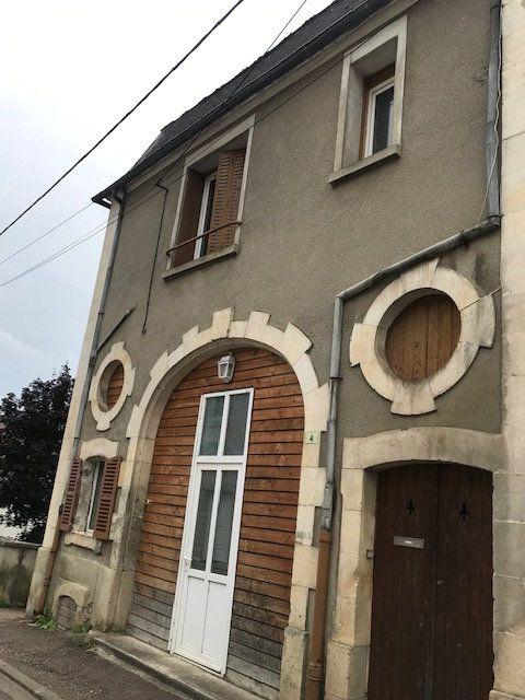 Maison à vendre 5 140m2 à Pouilly-sur-Loire vignette-1