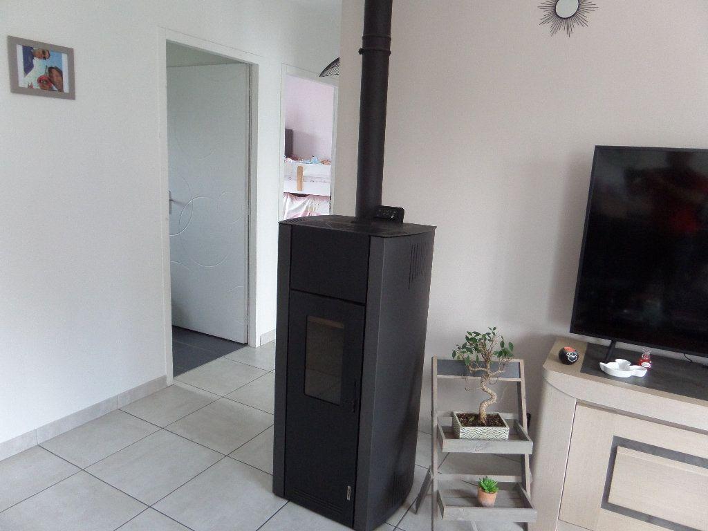 Maison à vendre 4 109.24m2 à Varennes-lès-Narcy vignette-6