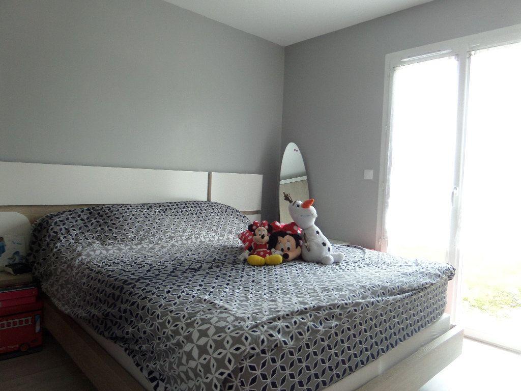 Maison à vendre 4 109.24m2 à Varennes-lès-Narcy vignette-7