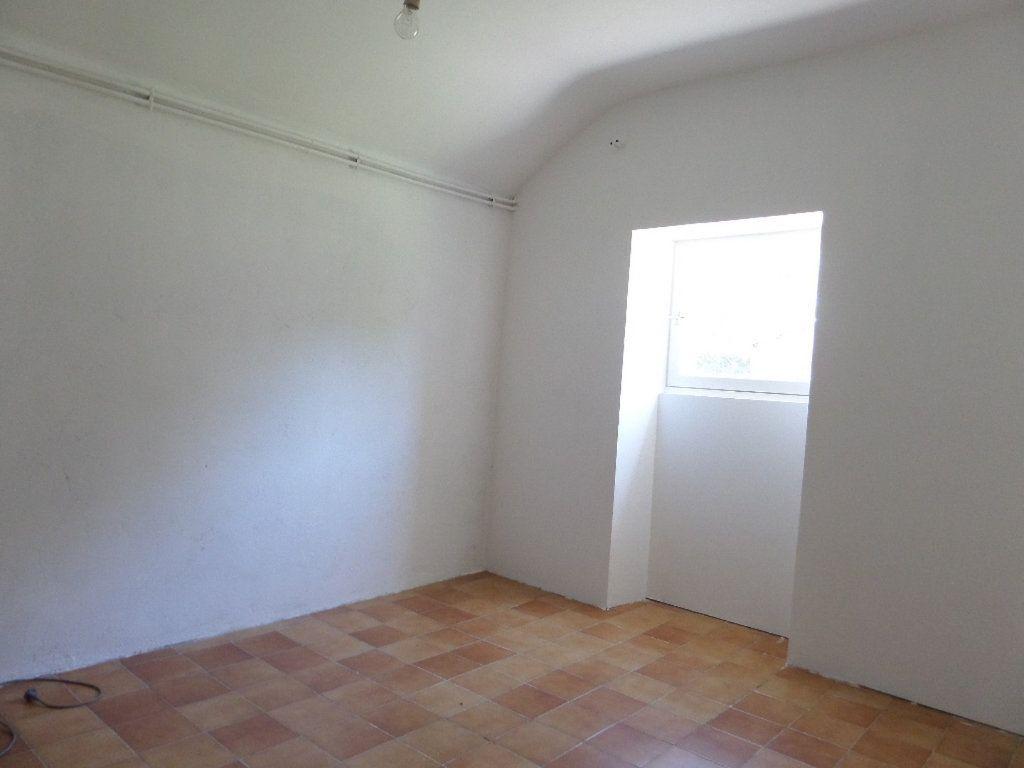 Maison à vendre 4 100m2 à Couargues vignette-5