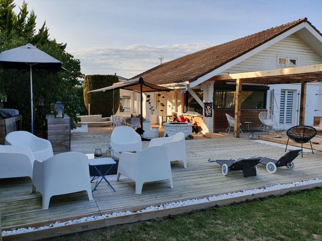 Maison à vendre 5 120m2 à Messery vignette-1
