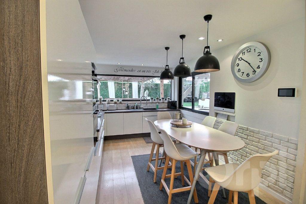 Maison à vendre 5 120m2 à Messery vignette-2