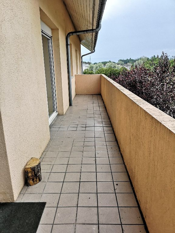 Appartement à louer 2 41.84m2 à Douvaine vignette-2