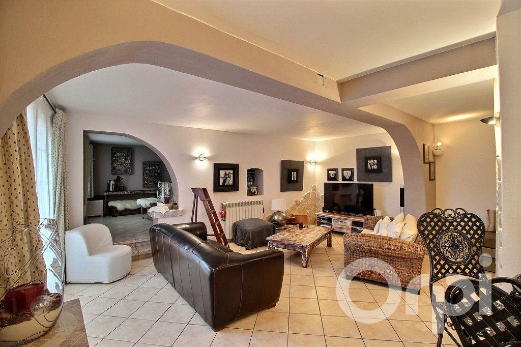 Maison à vendre 7 250m2 à Excenevex vignette-1