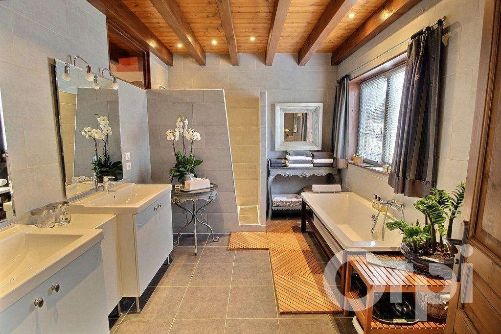 Maison à vendre 7 250m2 à Excenevex vignette-11