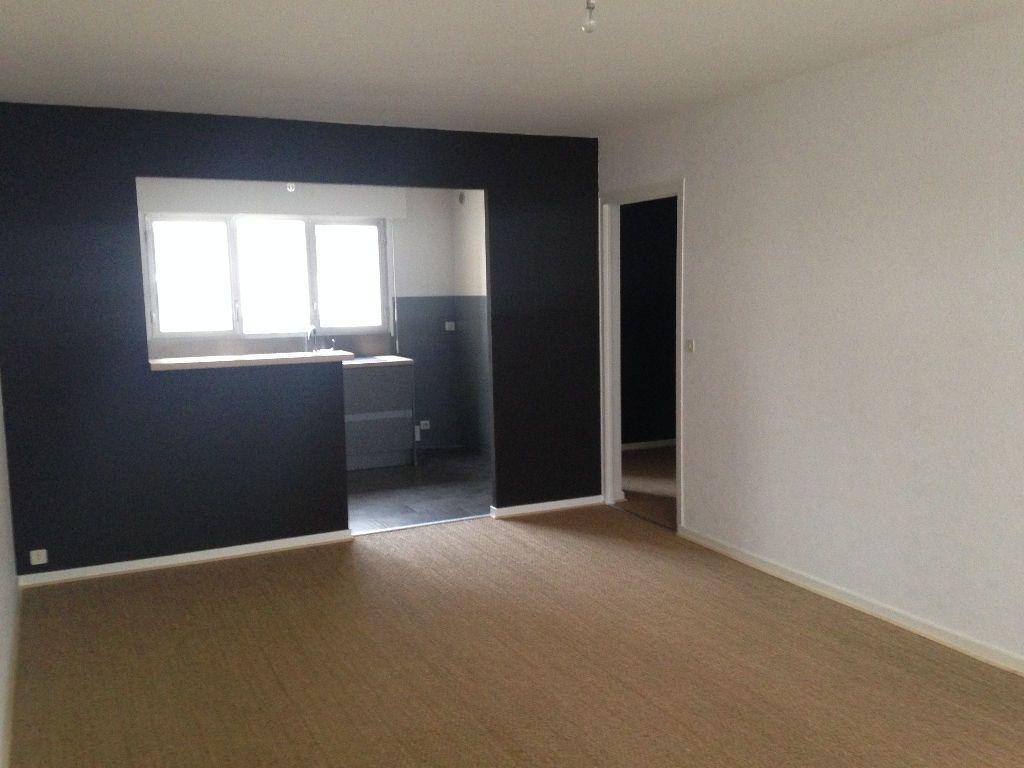 Appartement à louer 3 67.62m2 à Thonon-les-Bains vignette-3