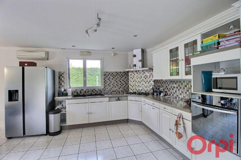 Maison à vendre 5 135m2 à Yvoire vignette-5