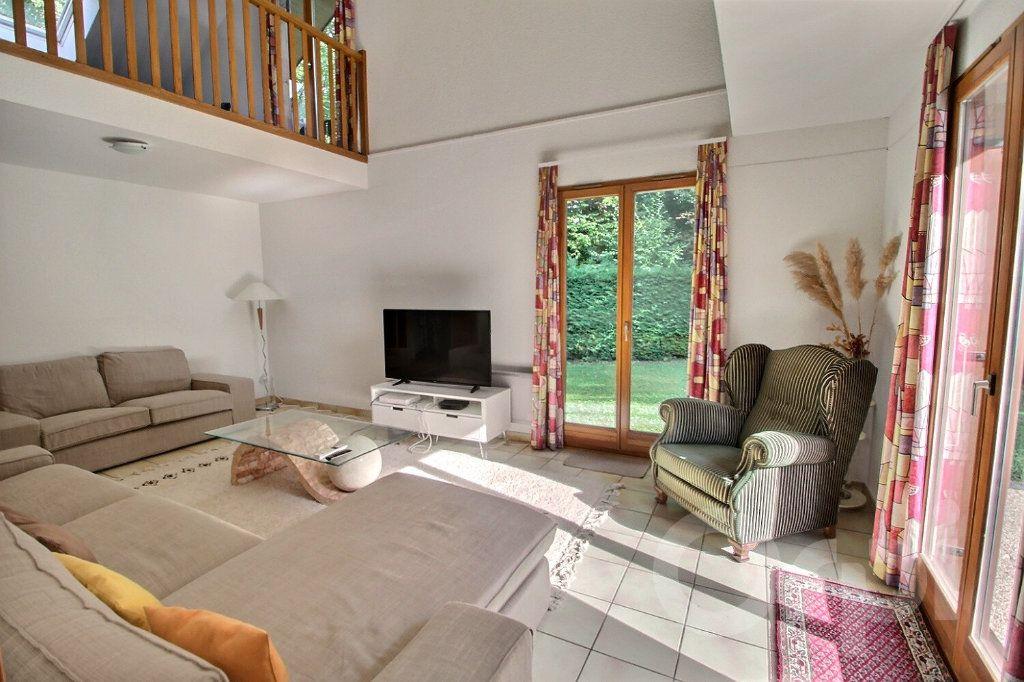 Maison à vendre 7 220m2 à Messery vignette-4