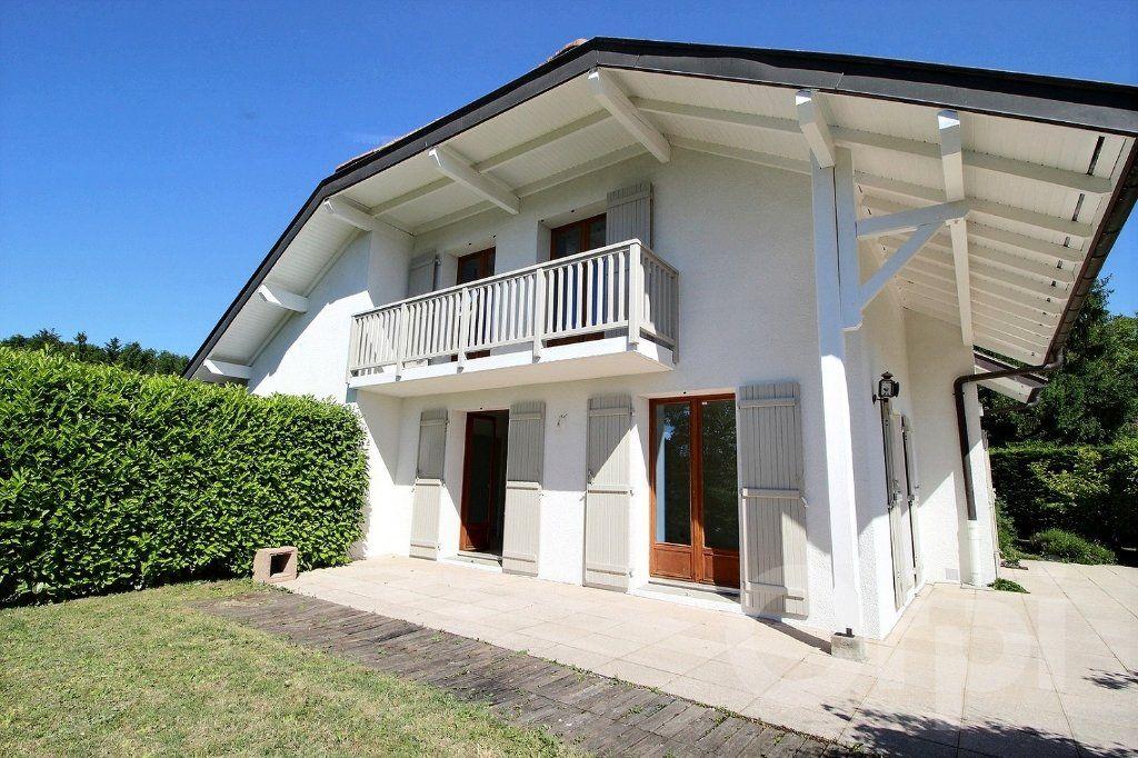 Maison à vendre 6 121.5m2 à Nernier vignette-2