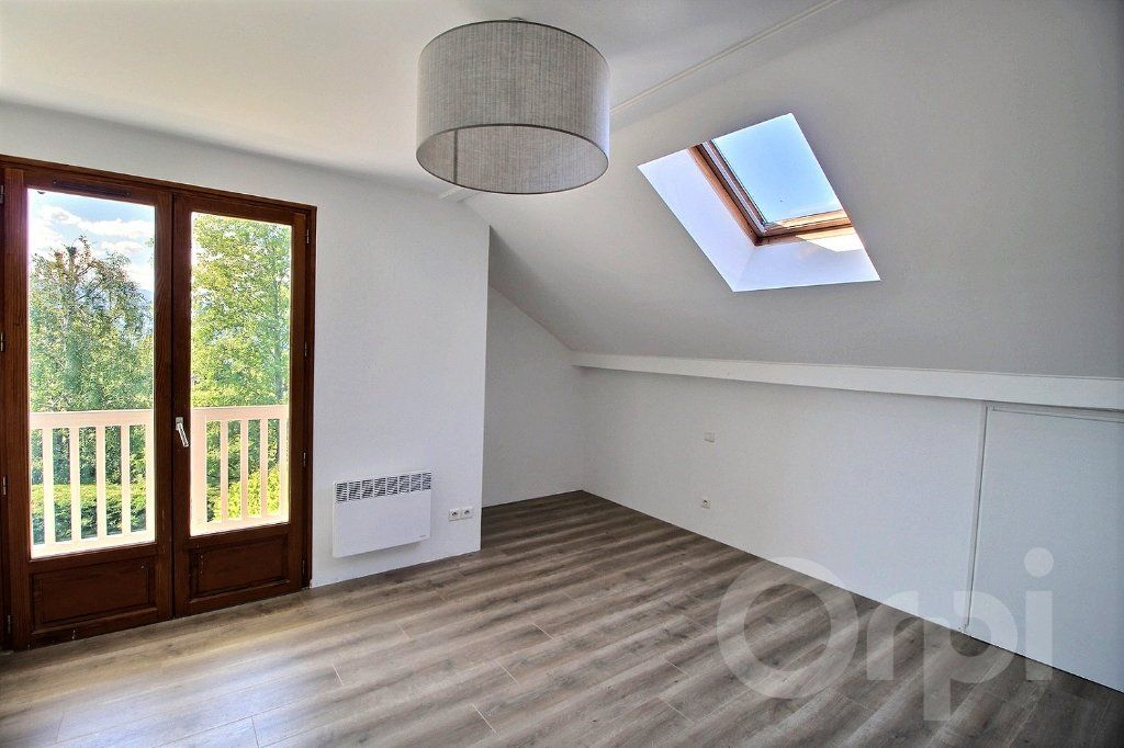Maison à vendre 6 121.5m2 à Nernier vignette-6