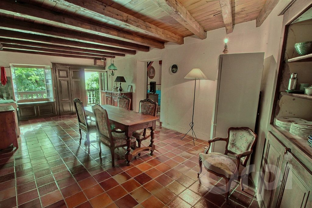 Maison à vendre 9 275m2 à Messery vignette-4