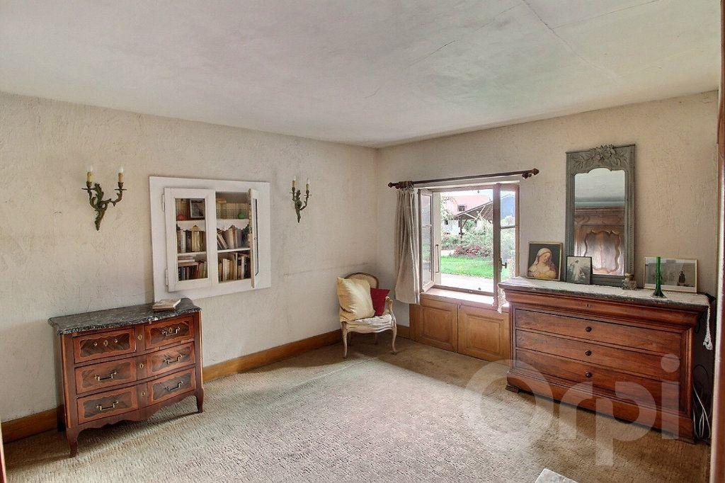 Maison à vendre 9 275m2 à Messery vignette-9