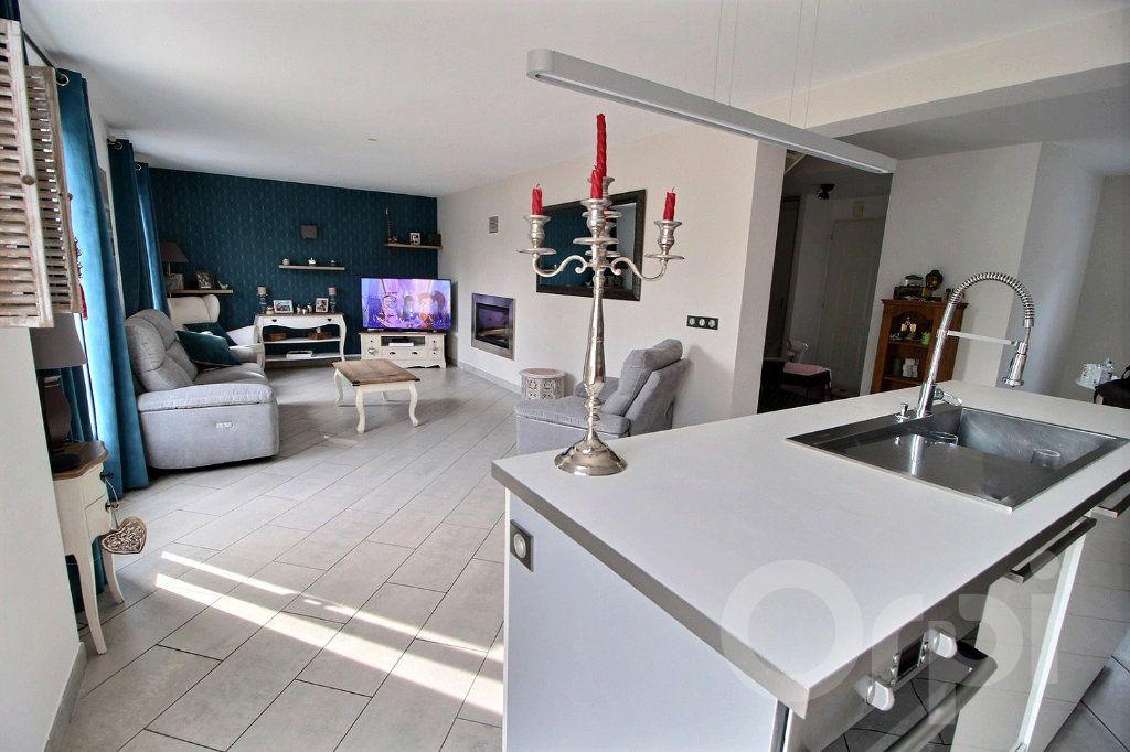 Maison à vendre 7 125m2 à Douvaine vignette-4