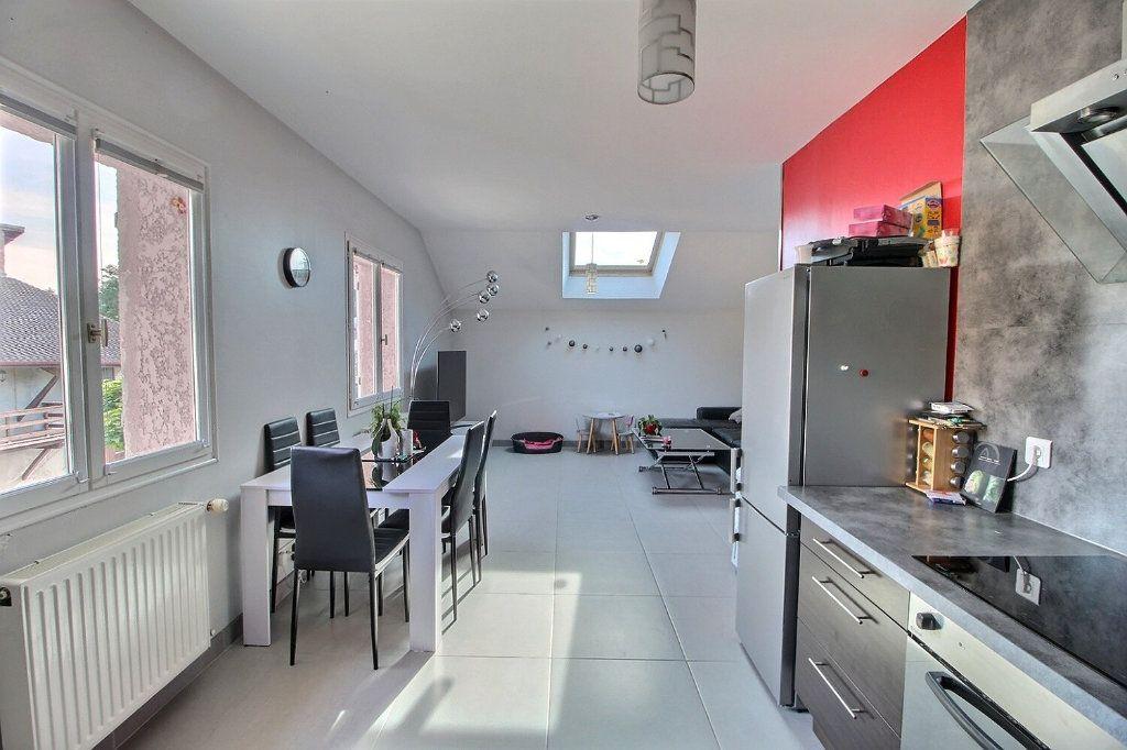Appartement à vendre 3 67.84m2 à Chens-sur-Léman vignette-4