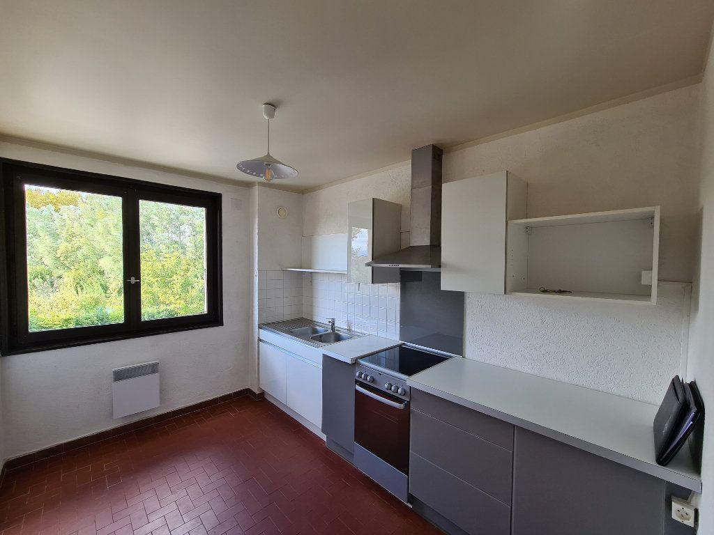 Appartement à louer 2 45.85m2 à Veigy-Foncenex vignette-4