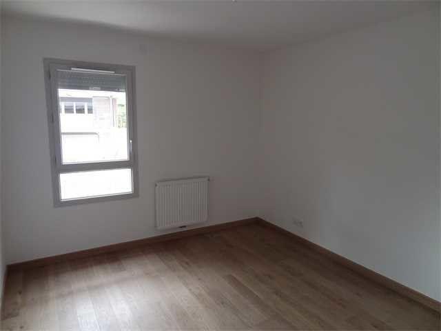 Appartement à louer 4 91.31m2 à Chens-sur-Léman vignette-10
