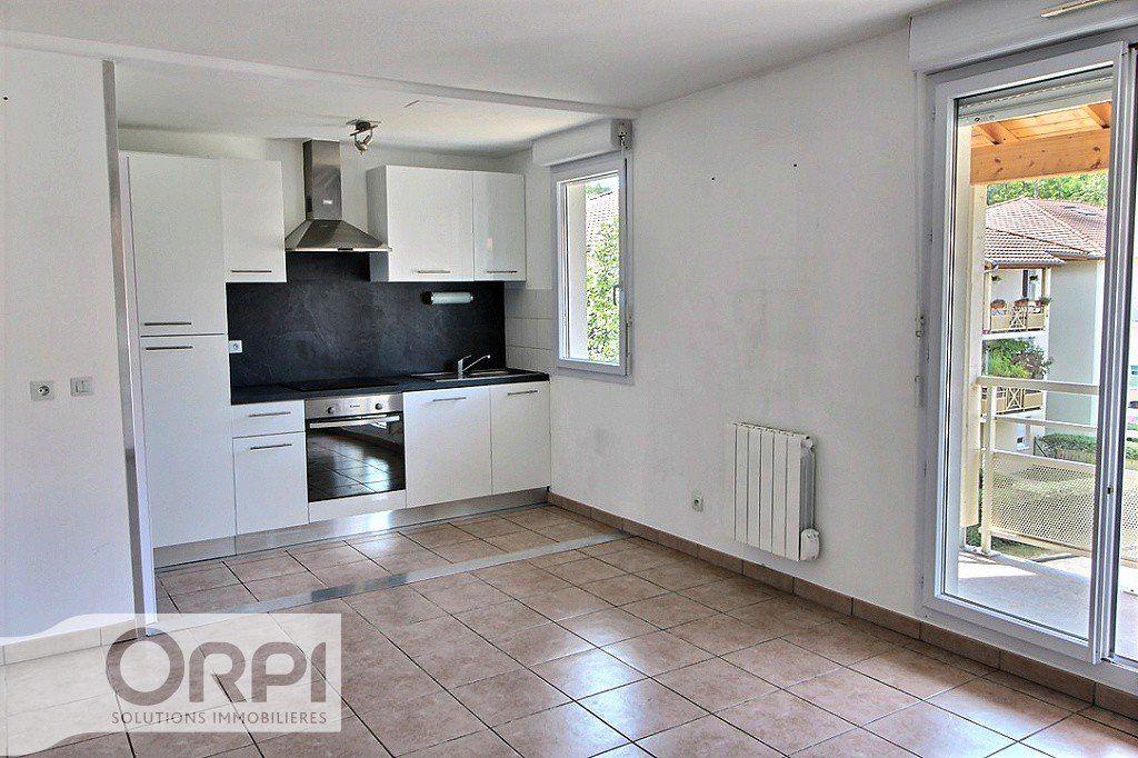 Appartement à louer 2 45.59m2 à Thonon-les-Bains vignette-4