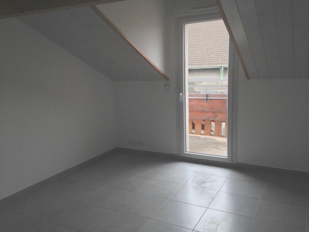 Appartement à louer 3 42.57m2 à Thonon-les-Bains vignette-1