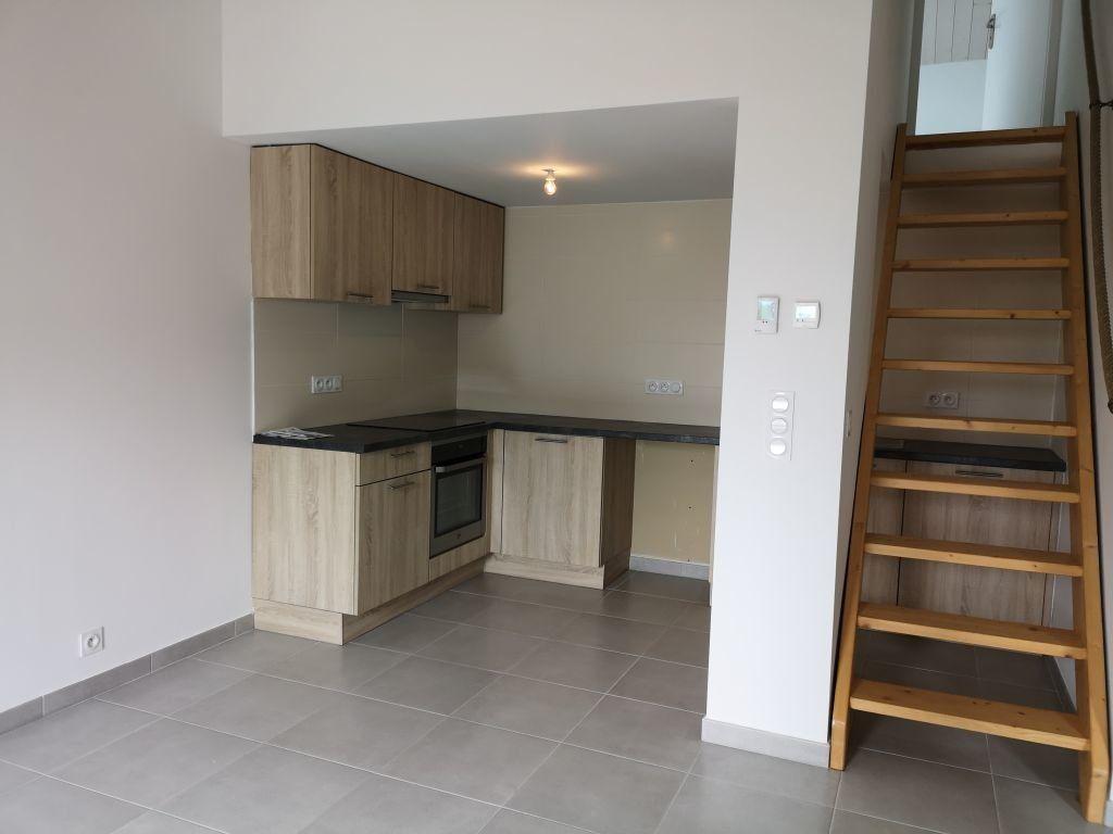 Appartement à louer 3 42.57m2 à Thonon-les-Bains vignette-2
