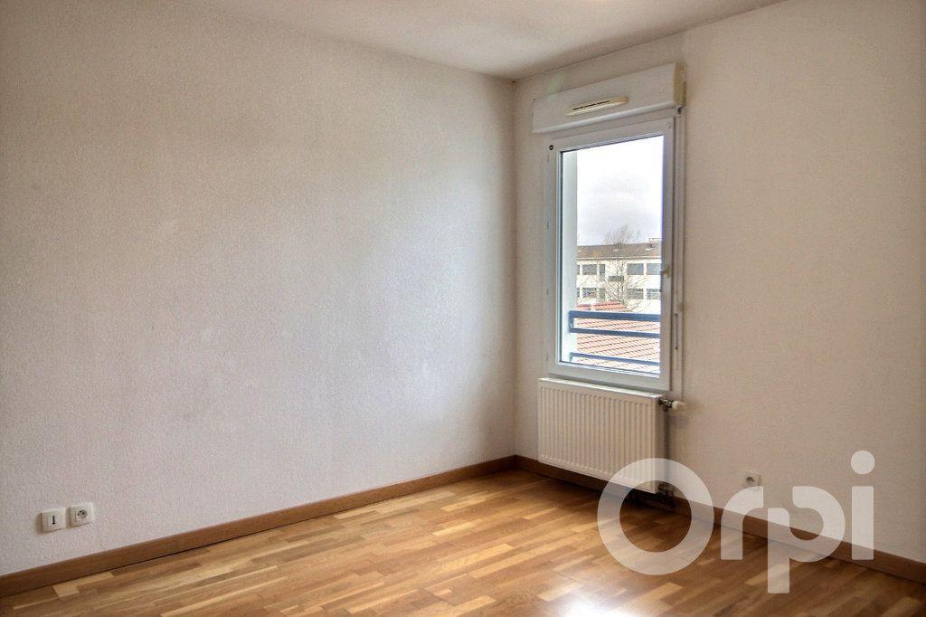 Appartement à louer 0 93.44m2 à Thonon-les-Bains vignette-4