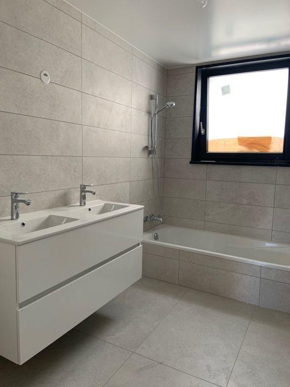 Appartement à louer 5 155.78m2 à Anthy-sur-Léman vignette-7