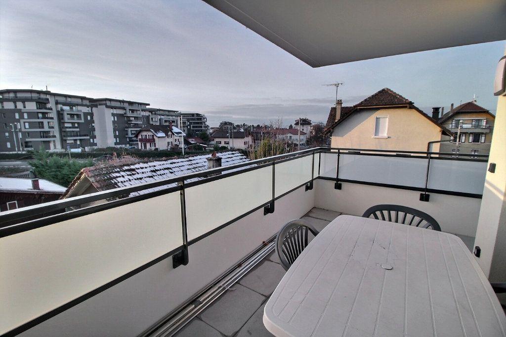 Appartement à louer 2 47.07m2 à Thonon-les-Bains vignette-3