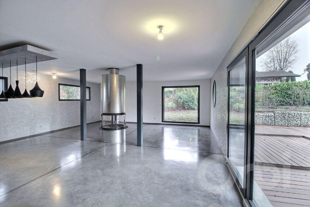 Maison à vendre 8 242m2 à Chens-sur-Léman vignette-2