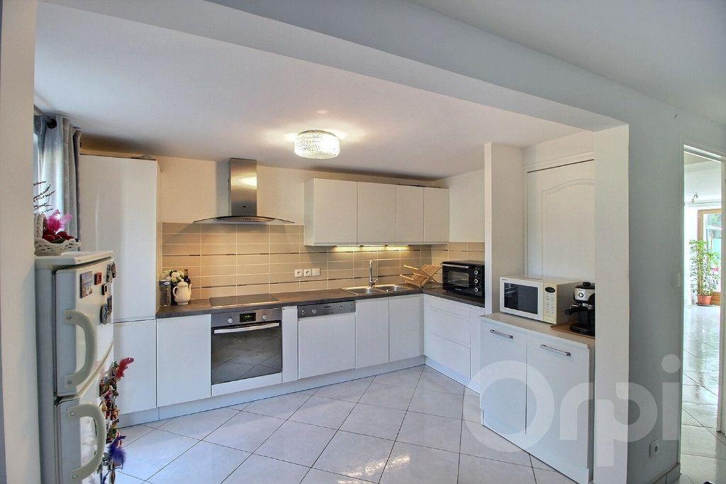 Maison à vendre 7 179m2 à Messery vignette-3