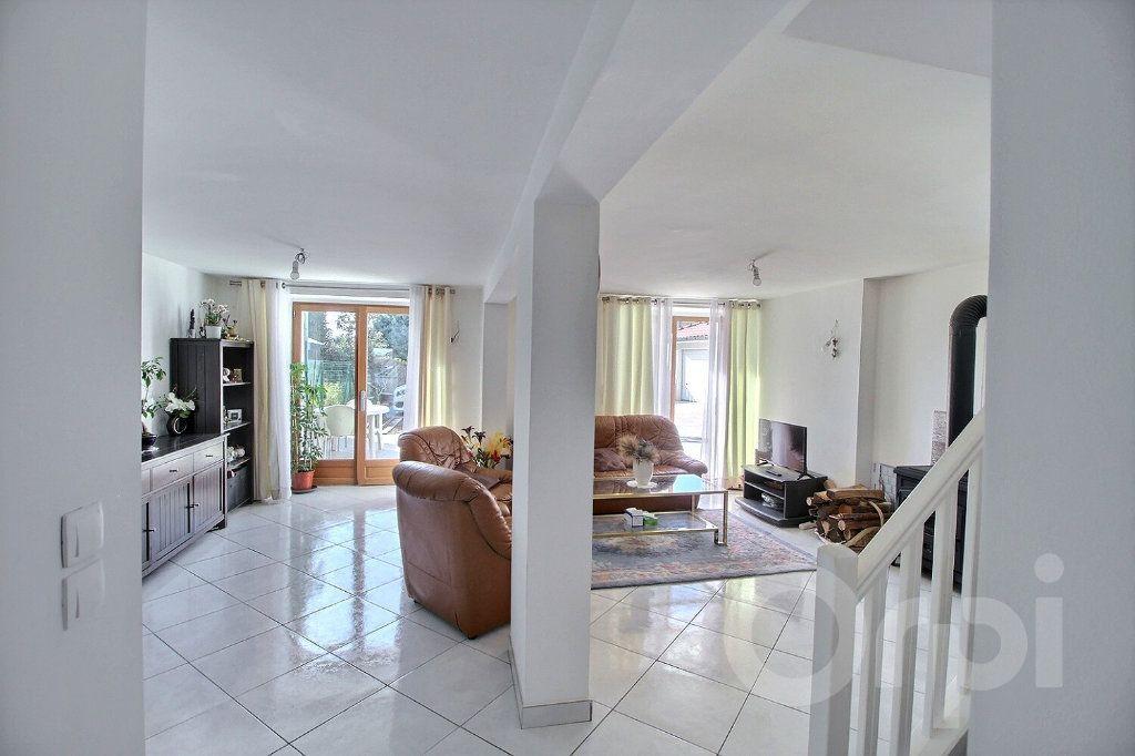 Maison à vendre 7 179m2 à Messery vignette-5