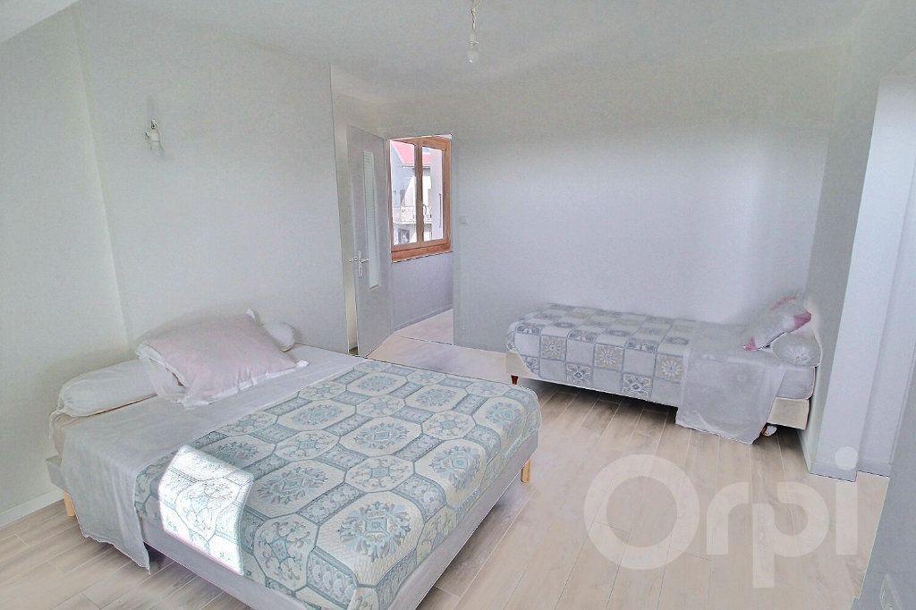 Maison à vendre 7 179m2 à Messery vignette-11